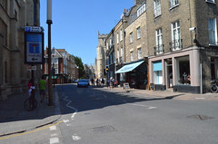 Trumpington Street (Arkensiel Photographs) Tags: street cambridge people cars unitedkingdom fitzbillies trumpingtomstreet