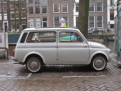 1972 FIAT / AUTOBIANCHI 500 D Giardiniera (ClassicsOnTheStreet) Tags: classic station amsterdam wagon estate fiat d panoramica oldtimer streetphoto spotted 500 1972 combi kombi keizersgracht streetview bianchi stationwagon autobianchi aircooled giardiniera 500d klassieker gespot stationcar 2013 stationwagen luchtgekoeld straatfoto 2cylinder giacosa carspot dantegiacosa 2cilinder luchtkoeling familiaire al7716