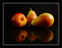 3 Pears (uvaisjm - Al Seylani Photography) Tags: stilllife fruits closeup fruit composition pear tabletop onblack tabletopphotography