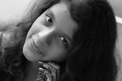 Priyanka ... Ecstatic moments (Rahul Gaywala) Tags: girl festival moments monsoon hina aluna priyanka heena surat ecstatic shravan mehandi aloona gaywala