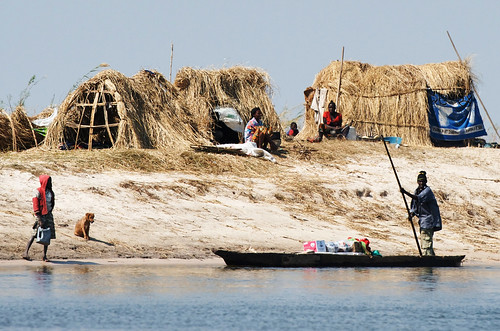 Temporary fishing camp on the Barotse floodplain, Zambia. Photo by Patrick Dugan, 2012.