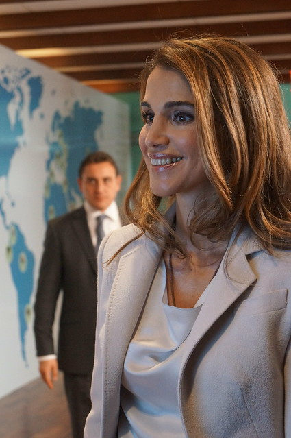 "Queen Rania Al Abdullah of Jordan Opening of the exhibition ""Listening to ONE MILLION Voices"", Credit Lusha Chen/IPS"