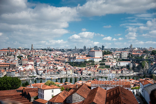 "Porto • <a style=""font-size:0.8em;"" href=""http://www.flickr.com/photos/22550935@N03/10513688964/"" target=""_blank"">View on Flickr</a>"