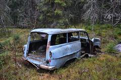 Opel Rekord Caravan (Flash 86) Tags: opel rekord caravan car bil vehicle automobile fordon old gammal övergiven abandoned rust rusty rost rostig junk decay förfall sweden sverige