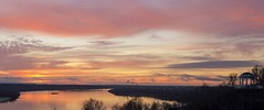 colors of dawn (Sergey S Ponomarev) Tags: city pink autumn light sky nature water clouds sunrise canon reflections landscape dawn russia outdoor ngc rivers 600d vyatka sergeyponomarev viatka сергейпономарев