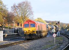 66001 (R~P~M) Tags: uk greatbritain england train diesel unitedkingdom buckinghamshire railway 66 locomotive bucks highwycombe rhtt dbschenker