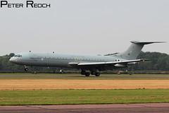 Down & Out. (Peter Reoch Photography) Tags: force aircraft aviation air royal era end raf vickers vc10 bruntingthorpe za147