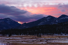 Sunrise in Rocky Mountain National Park (Stephen Hennessey) Tags: park pink winter mountain snow beautiful beauty sunrise landscape landscapes colorado rocky national co rmnp landschaft rockymountainnationalpark