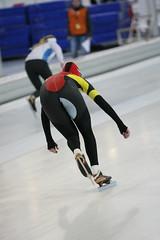 2B5P3477 (rieshug 1) Tags: 500 3000 tilburg 1500 1000 nk dames schaatsen speedskating eisschnelllauf junioren junb nkjunioren ireenwustijsbaan gewestnoordbrabantlimburgzeeland