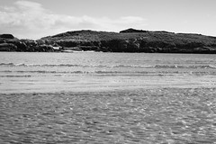 BWJPG---IMG_6425 (r4ytr4ce) Tags: ireland blackandwhite beach landscape 50mm boat eire donegal ire trchonnaill