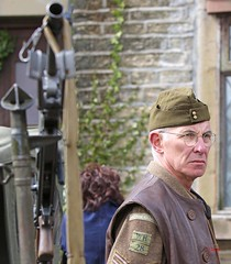 Haworth 1940's Weekend 2016 -  KV8A8919 (grab a shot) Tags: uk england people man canon vintage army eos war uniform outdoor military yorkshire wwii 1940s ww2 reenactment westyorkshire homefront worldwar2 oldfashioned haworth livinghistory 2016 homeguard warweekend brontecountry haworth1940sweekend 7dmarkii