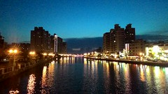 P_20160505_185554 (Shane Cheng) Tags: building night canal taiwan tainan