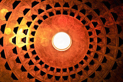 Luz mgica (LL Poems) Tags: life travel wild italy abstract roma art textura luz nature photography amazing arquitectura europe italia photographer natural roman exploring extreme edificio fine captured pantheon picture rotonda super snap diagonal adventure photograph stunning pro minimalismo abstracto amateur tejado aire rare exclusive libre adriano romana texto panten exist cpula orgnico lneas existance patrn geometra agripa mgica explored tejuelo rotonna llpoems jatejuelo