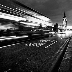 Bus Lane (Grgory Tonon) Tags: road longexposure blackandwhite bus london night square lights noiretblanc bigben route lane londres fujifilm nuit lumires carr xt1
