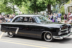 Vintage Cars in Memorial Day Parade, 2015 (marylea) Tags: black classic car vintage community classiccar parade memorialday 2015 may25 memorialdayparade washtenawcounty