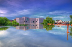 The Hepworth Gallery, Wakefield, UK. (Jeffpmcdonald) Tags: uk reflection water wakefield nikond7000 jeffpmcdonald thehepworthgallery may2016