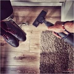 [iPhone photo] (Carlos Muiz) Tags: home casa cleaner washingup limpieza aspiradora