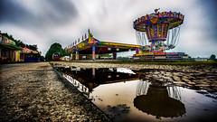 Volksfest am Morgen (mbap266) Tags: spiegelung verlassen stelle karusell langzeitbelichtung schtzenfest mdenaller canoneos6d streifenwolken canonef1740mm14