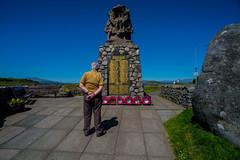 Remembering....... (Dafydd Penguin) Tags: world street west one coast nikon memorial war candid scottish ww2 oban 20mm ww1 af cenotaph nikkor remembering d600 f28d