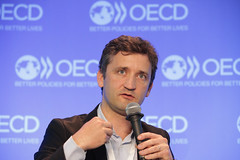 OECD Forum 2016: Session:  The Digital.Economy & the Future of Work (Organisation for Economic Co-operation and Develop) Tags: chile jason paris france public senior pepper marketing julien europe force risk with general employment board forum president den vice social slush ceo labour marianne van roger secretary enterprise director oecd chairman executive quartz robotics jacques ltd fo forecast minister softbank deloitte global stefano vp jeanclaude policy affairs touche tohmatsu seret ximena emea rincn correspondent 2016 randstad broek mailly scarpetta regulatory dassen ouvrire vikkula karaian