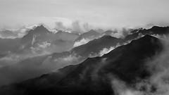 Nebelgebirge (roenz870) Tags: bw berge wolken nebel sterreich nikon d5100 sturm storm vorarlberg silvretta