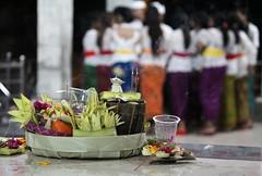 (scinta1) Tags: offering colourful indra incense 2015 fotograph kedisan baturbaguscottages kintamanibali2015