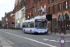First Manchester 67425 (Luke Bowman's photography) Tags: street manchester first kings oldham e300 300 enviro adl 67425
