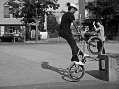 up (O.Krger) Tags: people urban bw bike germany deutschland blackwhite streetphotography hannover sw monochrom bianconero socialdocumentary niedersachsen peopleinthecity schwarzweis