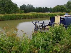 828-20L (Lozarithm) Tags: ducks canals 1770 semington k5 kennetavon narrowboats smcpda1770mmf4alifsdm pentaxzoom