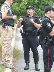 Yes, dude, this big! (officerfrank66) Tags: cops boots stiefel motorcops