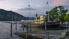 Lago di Iseo & La Capitanio (wimzilver) Tags: italy vakantie pizza explore 7d italie avondlicht zwemmen lagodiiseo canon1740f4l warmte vakantiefoto boekenlezen gezinsvakantie ijsjeseten italieiseomeer