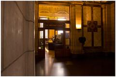Antwerpen Central Station (H. Bos) Tags: station train cafe central royal railway le antwerp antwerpen trein anvers spoor centraal nmbs tstad middenstatie louisdelacenserie spoorwegkathedraal charlespoupaert komjewarmenaantstad clemensvanbogaert