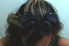 ~Jennir Narvez (TheJennire) Tags: camera light cute luz girl sunglasses canon vintage hair photography lights mirror photo flickr foto style estilo fotografia lentes camara cabelo mecha pelo culos cabello tumblr
