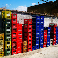 tetris de botellines (ines valor) Tags: color cerveza tetris botellas cajas