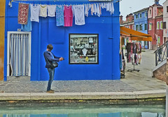 Bleu.   Blue. (caramoul25) Tags: blue bleu venise linge burano photographe