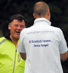 Alan Bowie of NFU Scotland relaxes after his cycling challenge with someone who knows all about how long a Scottish Farmer lasts! Photo courtesy of Karen Carruth, The Scottish Farmer