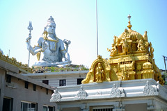 Looking up at Shiva (Daniel Incandela) Tags: india temple shiva gopura murudeshwara murudeshwaratempleandrajagopura