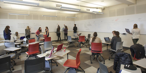 Ellis Hall Active Learning Classroom by queensu, on Flickr