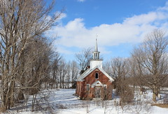Abandoned Church in Henrysburg (pegase1972) Tags: winter snow canada abandoned quebec hiver qubec neige qc montrgie vision:mountain=0784 vision:outdoor=099 vision:street=0562 vision:sky=0865 montreregie