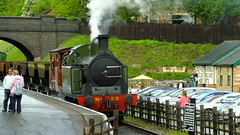 S0376091 (John W. Davies) Tags: 1 pacific mark leicester steam 29 777 gala gnr loughborough locomotives class3 280 260 lambton steamtrains tankengine 2100 062 steamlocomotive n2 olivercromwell greatcentral mark1 greatcentralrailway riddles 1744 class2 class8 gcr 462 jinty 7mt 8f standard8 9f no29 tpo 5643 30777 70013 78019 sirlamiel loughboroughcentral 46521 47406 standard5 48624 2mt 92214 standard2 quornwoodhouse rothleystation 060t leicesternorth 062t l92 standard9 standard7 lambtontank lmsclass2 steamfreight lmsclass3 mainlineheritagerailway freightdemonstration tpodemo steamtpo gwrpaniertank carriagescarriageswagonsrailway wagonsweathered 9fweathered locomotiveswithlandswithland