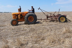 Plough 3 (Rubio-Martinez) Tags: farm farmland albany greatsouthern tracmach