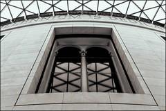 (Robert Bilinski) Tags: london history window architecture sigma britishmuseum bwlondon historylondon 1224f4556 bmlondon