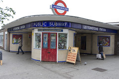 Leytonstone station, Church Lane, E11 (Tetramesh) Tags: uk greatbritain england london unitedkingdom britain londres gb londra londen londinium lontoo llondon londone londyn llundain londn  lunnainn londain londono tetramesh londrez  loundres londr lndra