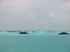 Chalk Sound (William J H Leonard) Tags: travel cloud travelling clouds underwater cloudy overcast northamerica caribbean turksandcaicos tci caribbeansea underwaterphotography thecaribbean travelphotography providenciales