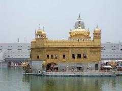 Beauty of Amritsar (Roxana_Berlin) Tags: india temple golden holy punjab amritsar goldentemple