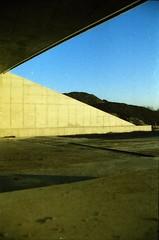 Stammerdijk, Diemen, NH (Jickatrap) Tags: film analog 35mm pentax suburbia infrastructure   diemen urbanlandscape  pentaxmz50   filmphotography    newtopographics     cinestill photographersontumblr cinestill50