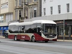 Lothian Buses 4 SN13 BCZ (V267 ESX) Tags: 004