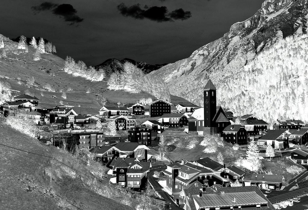 Dörfer (Rolfmundi) Tags: Italien See Kirche Berge Südtirol Häuser  Reschensee Reschenpass Graun Vinschgau
