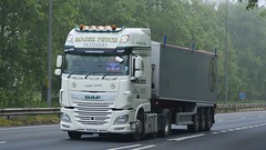 YX15 OOA (panmanstan) Tags: truck wagon yorkshire transport lorry commercial vehicle freight bulk daf xf haulage a63 everthorpe