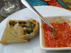No Aziz (LuPan59) Tags: lisboa comida restaurantes aziz mouraria lupan59